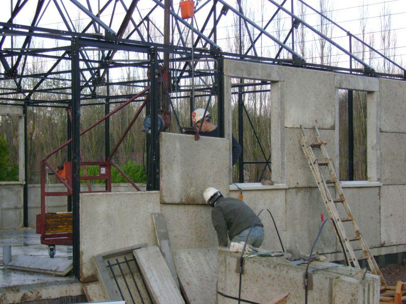 Notre maison phenix dans le pas de calais les plaques for Maison en plaque de beton